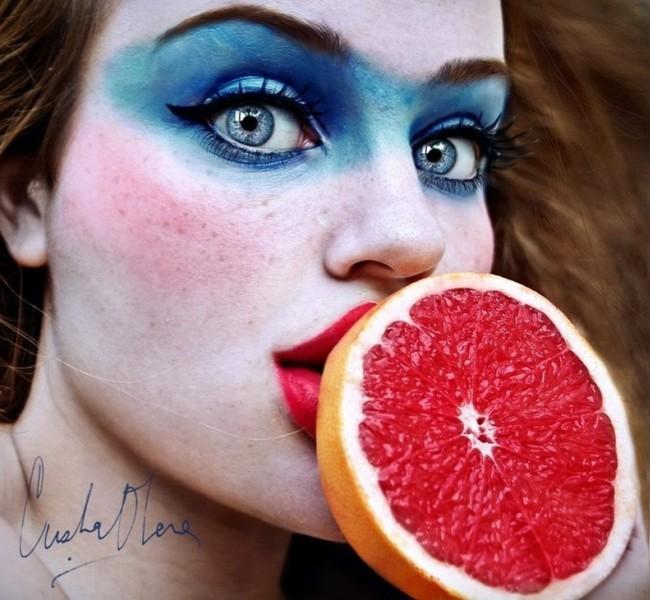 Фруктовые автопортреты Кристины Отеро
