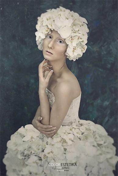 Портрет женщины · Estetika